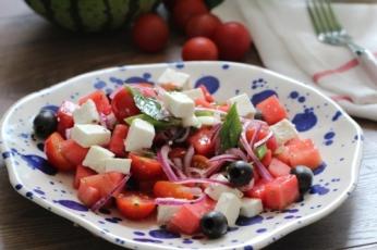Svěží melounový salát