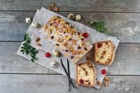 Tvarohový chlebíček s kandovaným ovocem