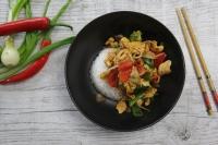 Thajské kuře s kešu ořechy