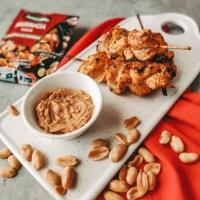 Kuřecí satay s arašídovým dipem