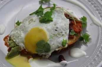 Huevos rancheros - Rančerské fazole